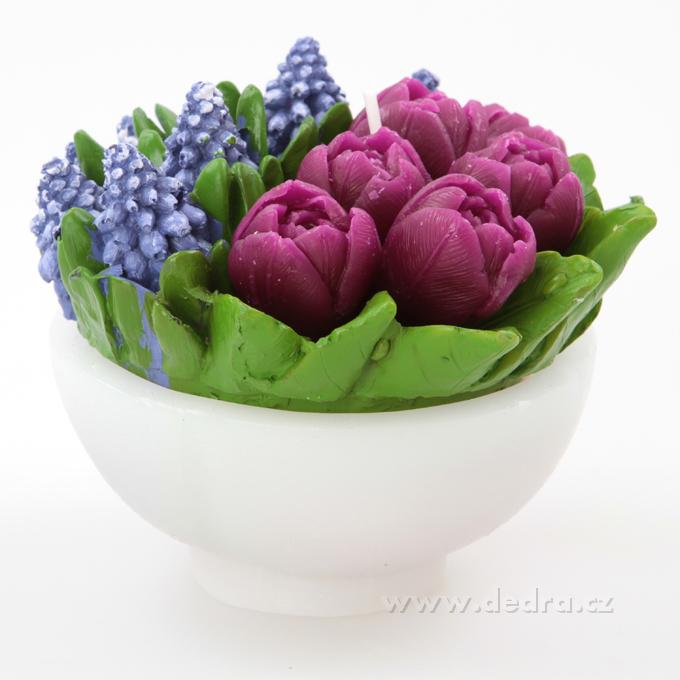 12 cm ručně malovaná dekorativní svíčka   tulipány a modřenec v misce