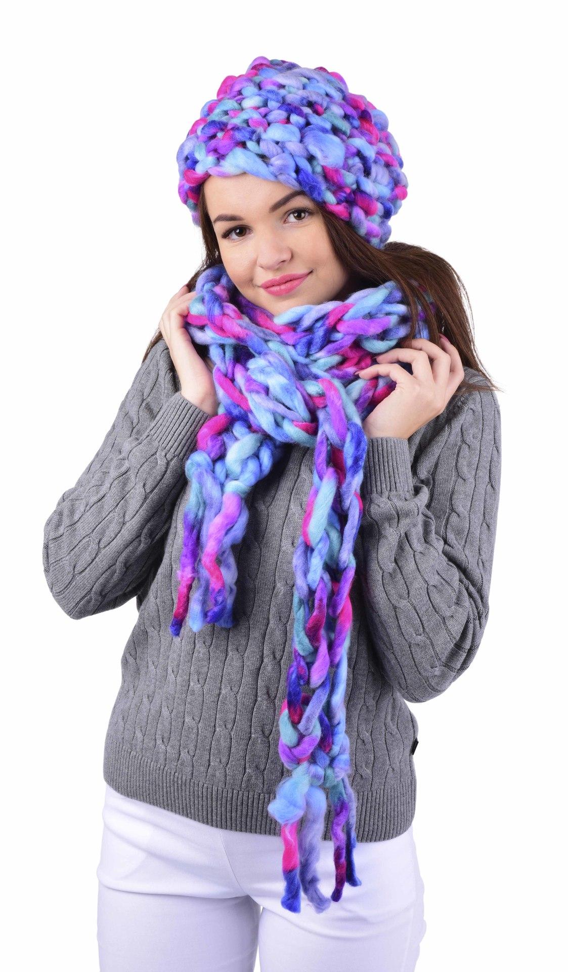 Dámská zimní sada čepice + šála v atraktivních barvách