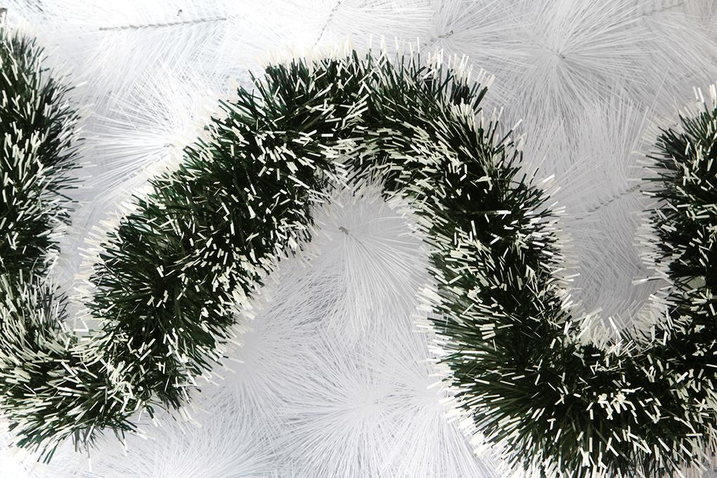 Široký tmavě zeleno-bílý řetěz, na vánoční dekorace
