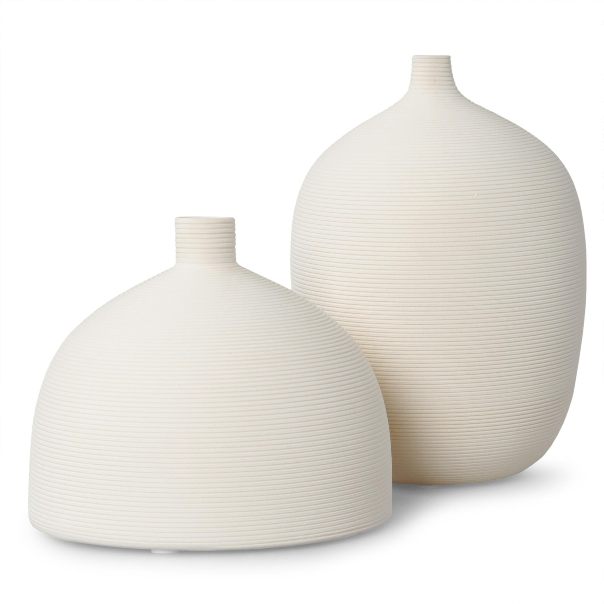 DA89152-Porcelánová váza reliéfna štruktúra