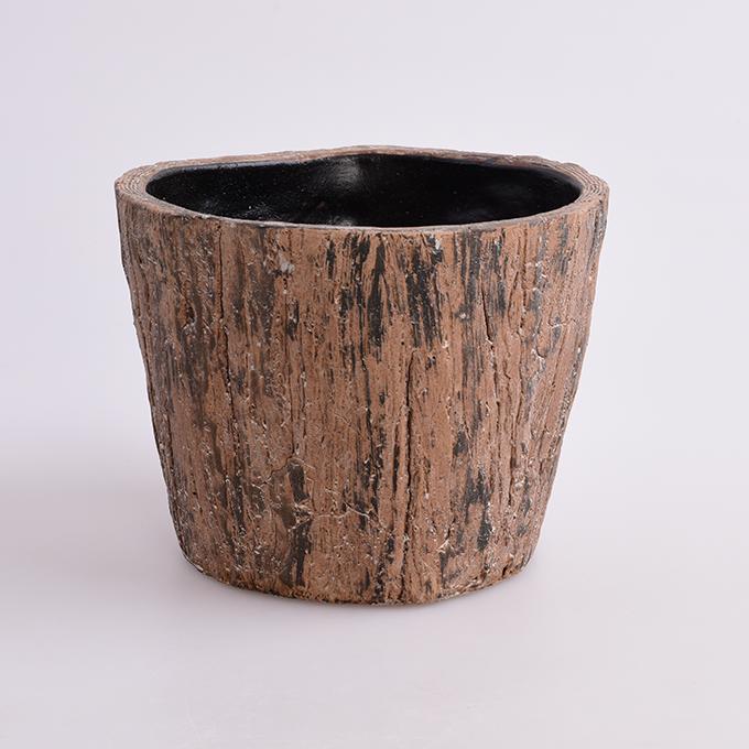Kameninový truhlík s dekorem kůry max.průměr 16,5 cm