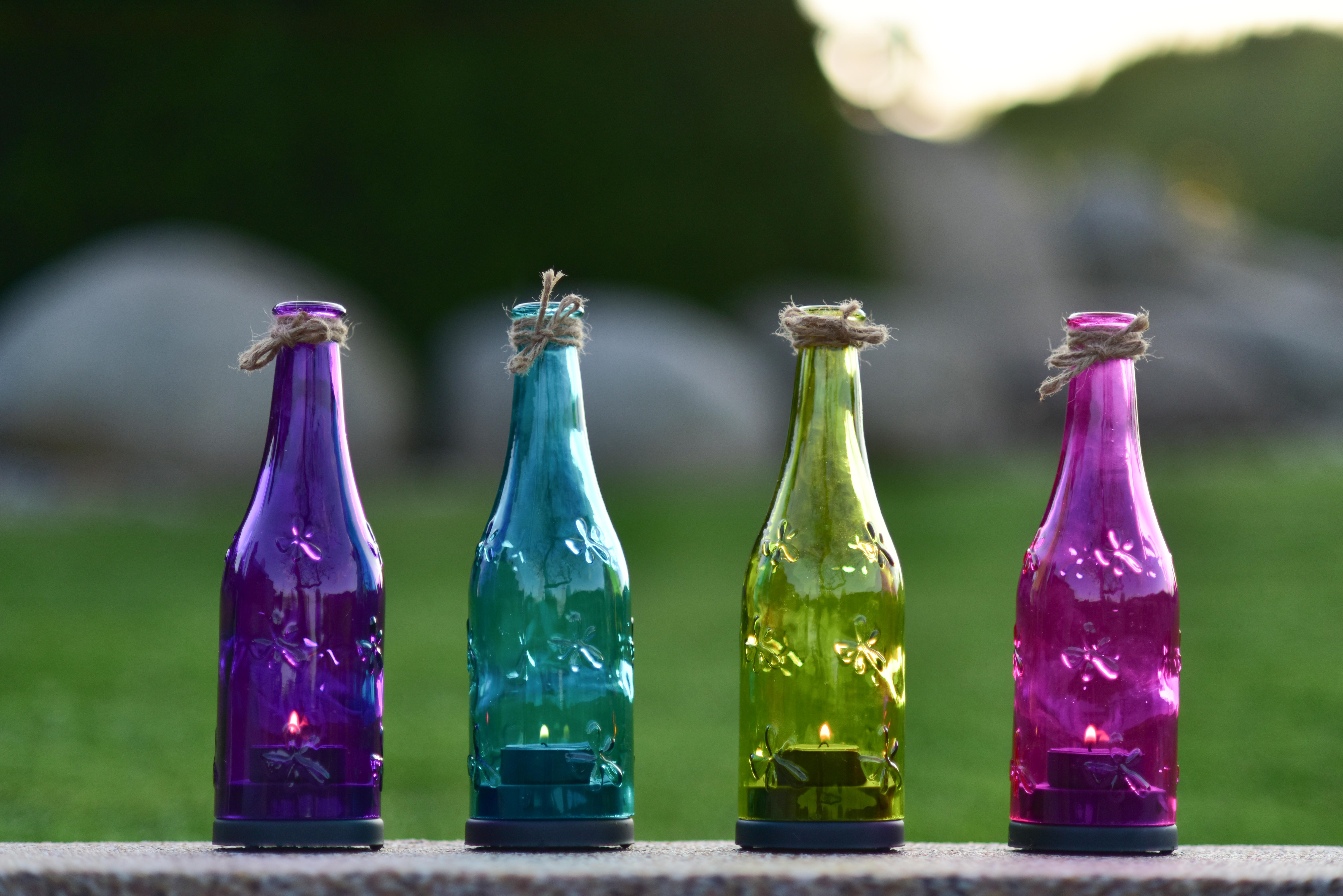 Barevná lahev svícen na čajovou svíčku tyrkysový