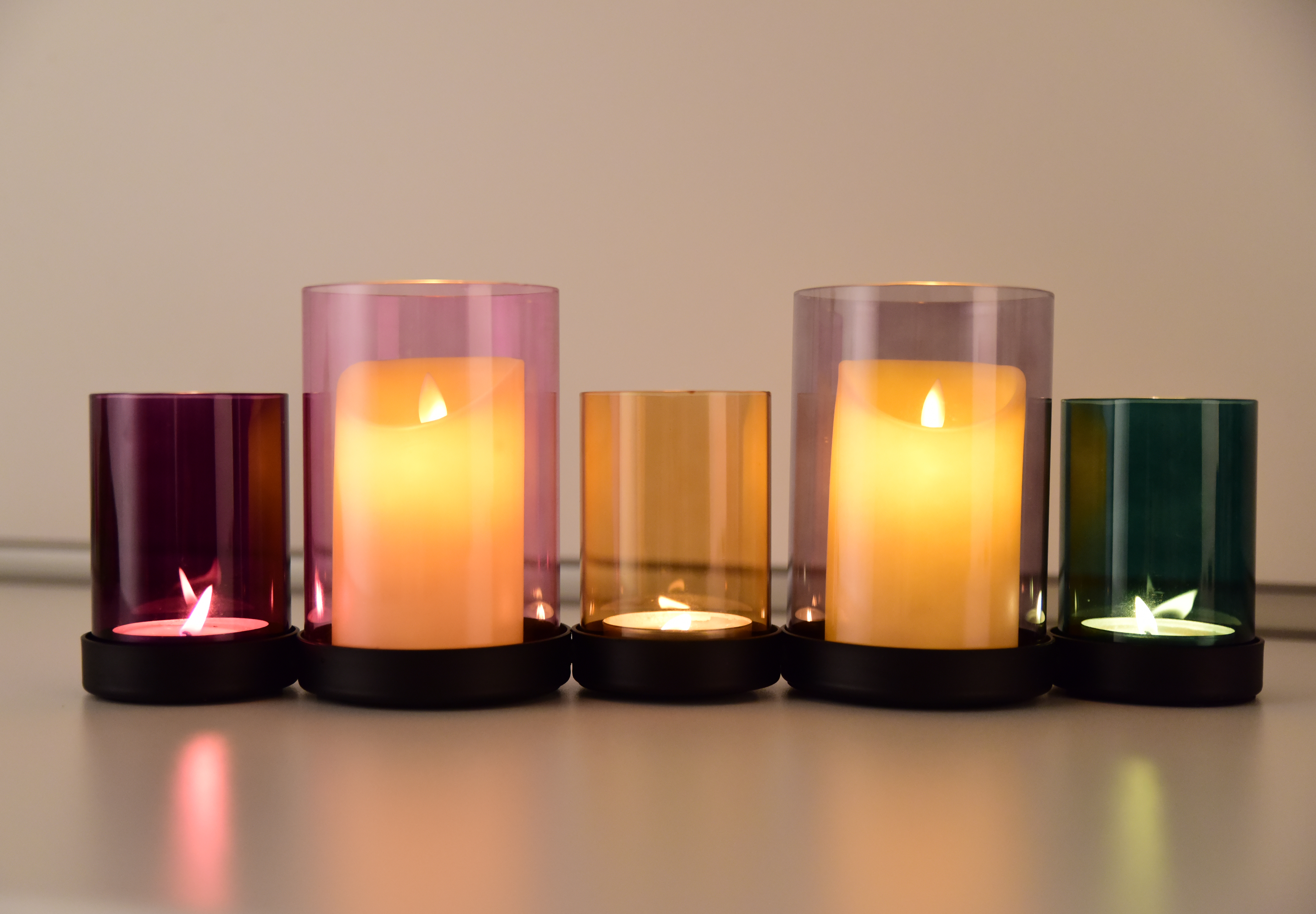 45 cm svícen na terasu, na velké svíce, kovový podstavec