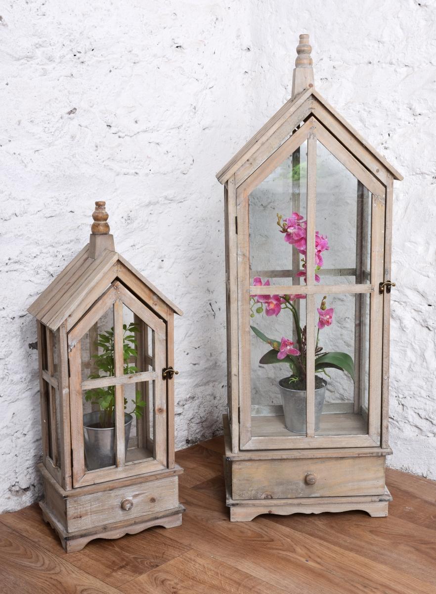 Dřevěná lucerna/skleník, ve tvaru domku