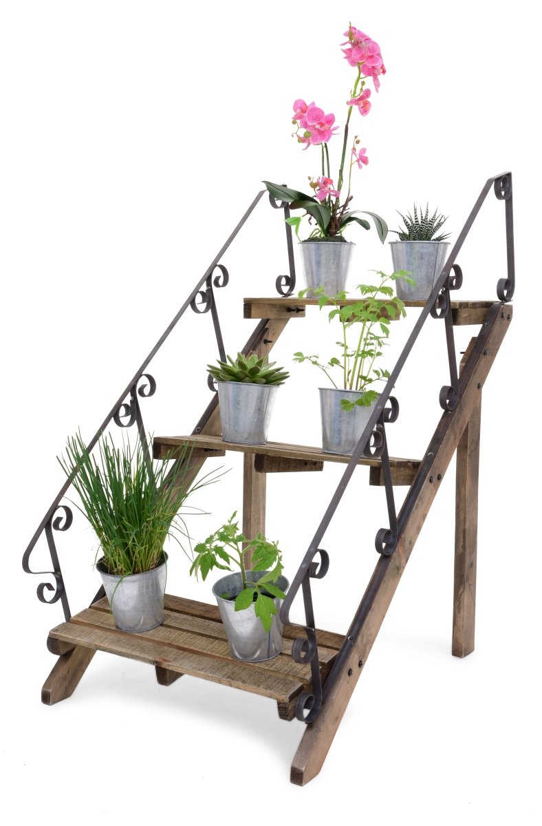 Dřevěný stojan na květiny s kovovým zábradlím