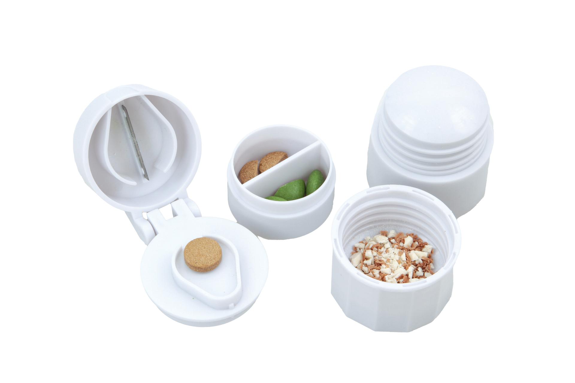 Drtič a půlič léků se zásobníkem 4v1  pr. 4 cm, v. 6,5 cm