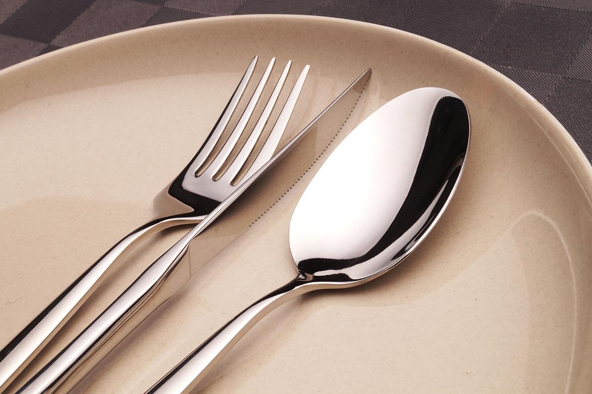 ZAZEN salátová vidlička, z ušlechtilé oceli