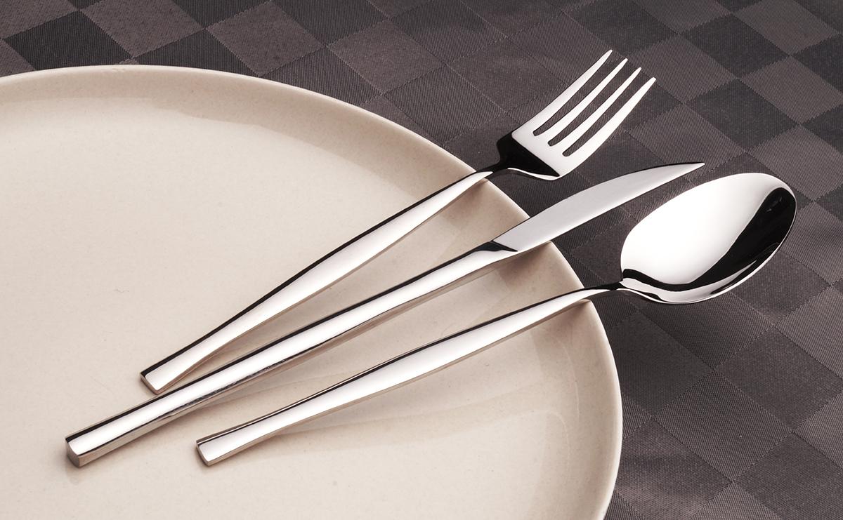 ZAZEN salátová lžíce, z ušlechtilé oceli