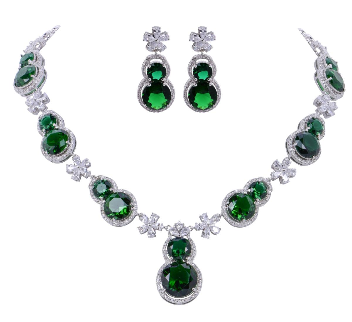 3 DÍLNÝ LUXUSNÍ SET v barvě smaragdu rhodiováno