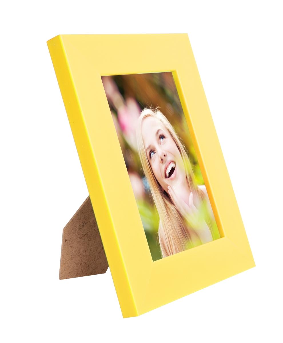 Dřevěný fotorámeček žloutkový na foto 10 x 15 cm