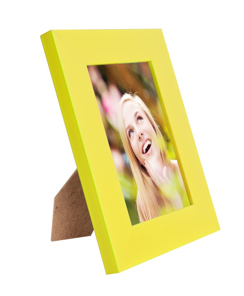Dřevěný fotorámeček žloutkový na foto 9 x 13 cm