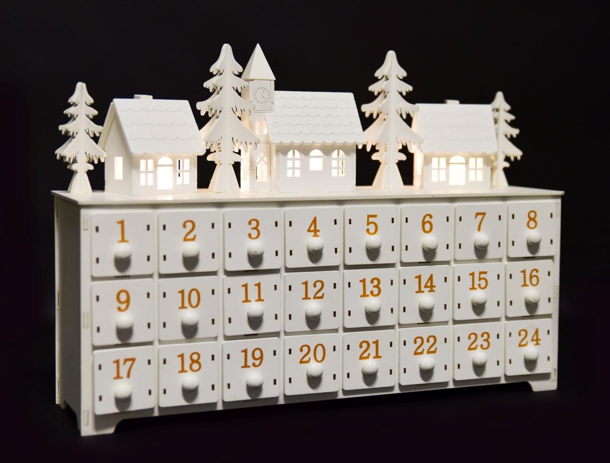 Adventní kalendář, svítící, dřevěný