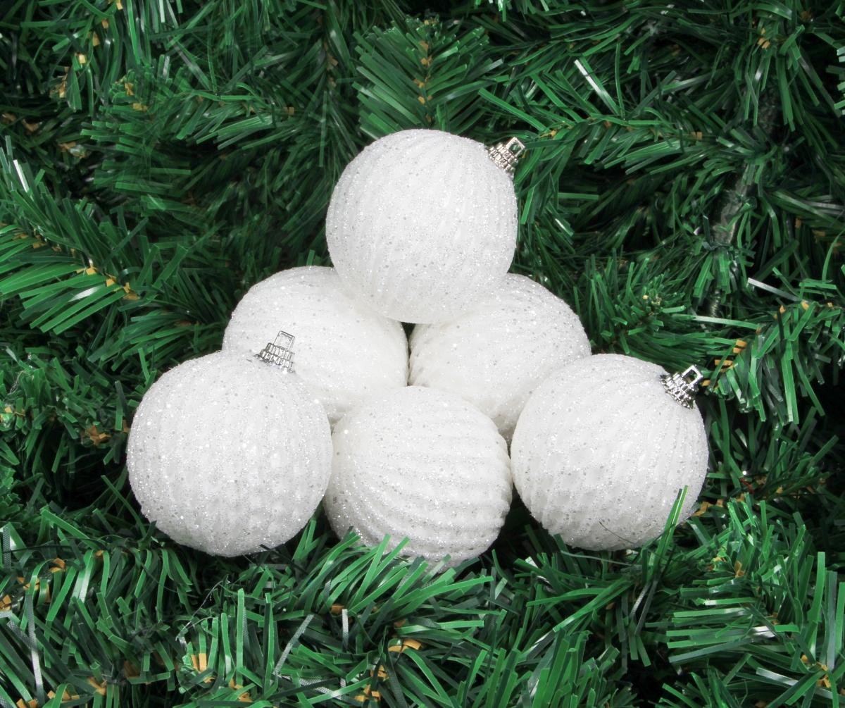 6 ks bílých koulí s reliéfní strukturou průměr 5,5 cm