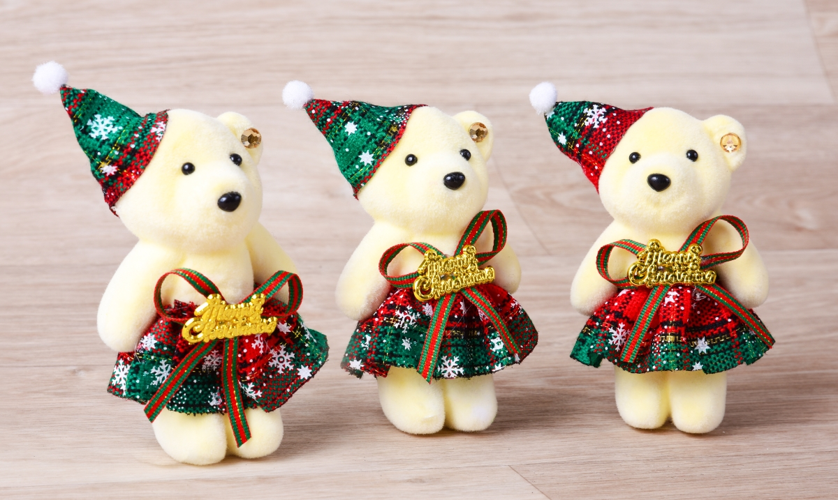 3 ks smetanových medvídků