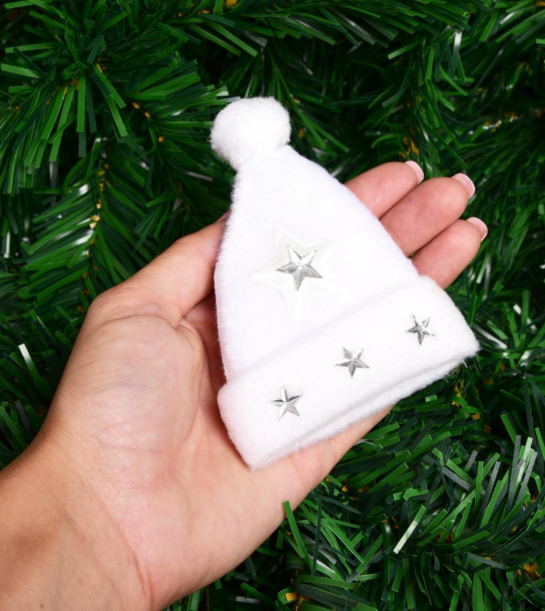 Sametový bílý, kulich s aplikací hvězd 10 cm