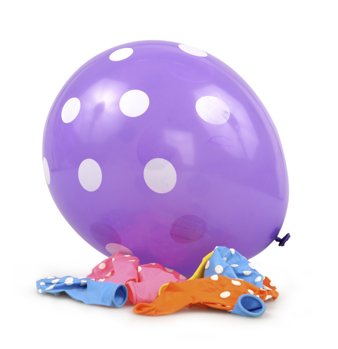 8 ks nafukovací balónky  potištěné s PUNTÍKY mix.barev