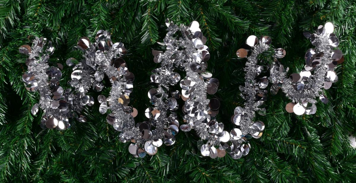 Stříbrný široký řetěz na vánoční dekorace délka 195 cm