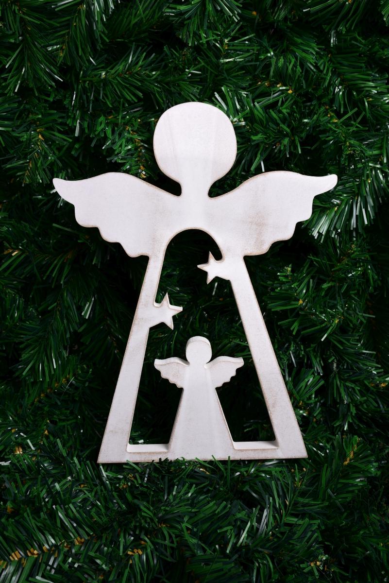 30 cm Dřevěný anděl  s bílou patinou