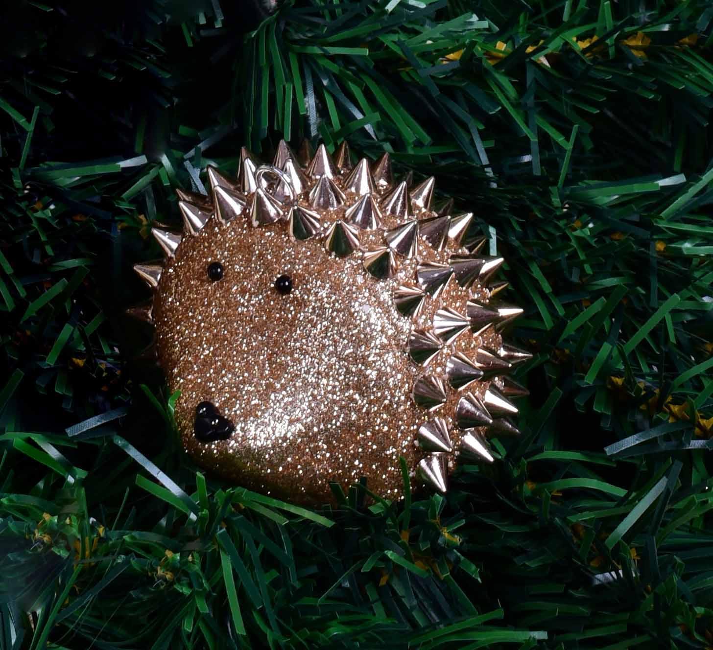 Vánoční ježek, platinová barva 8 cm