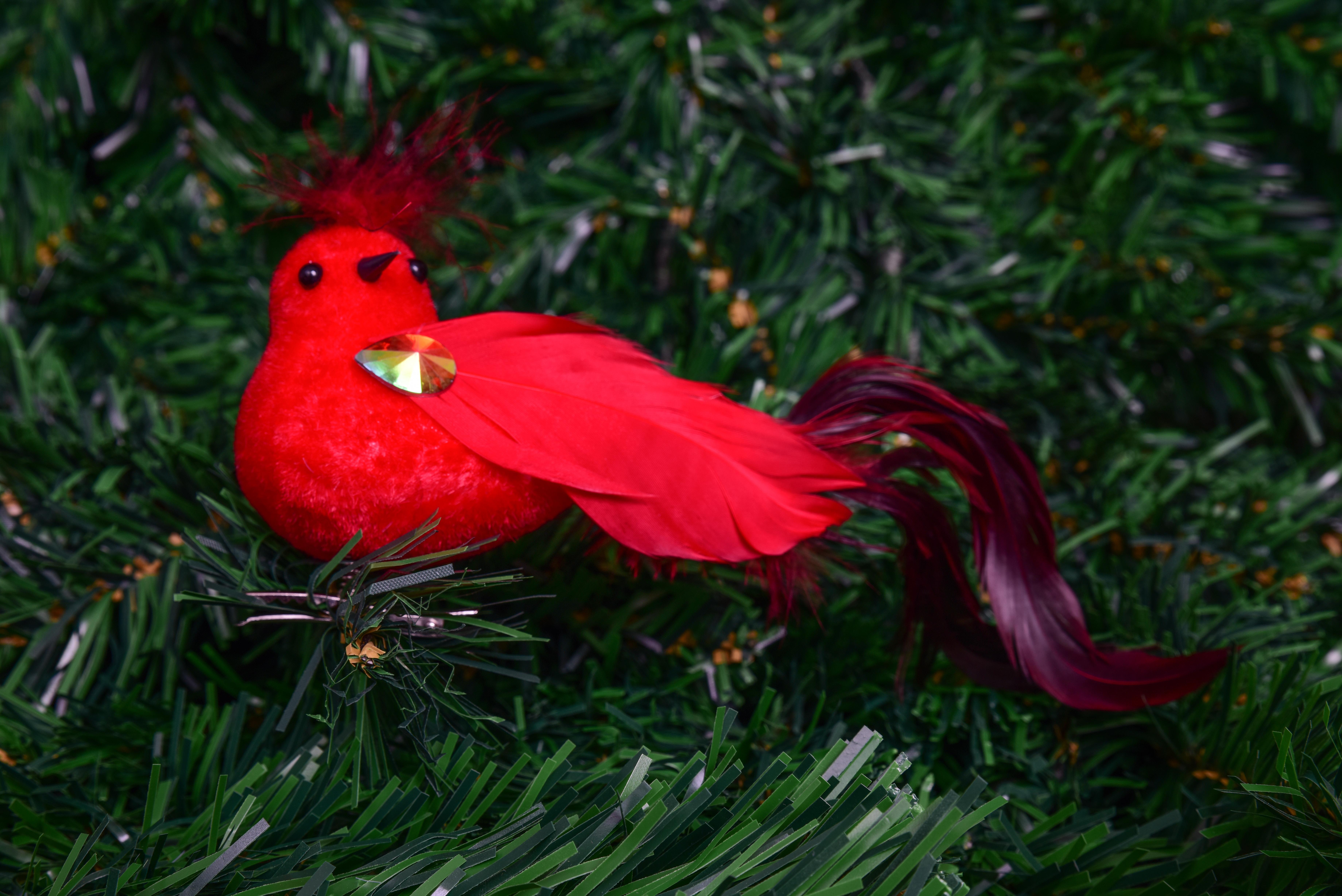 Ptáček s jemnými pírky  červený 13 cm