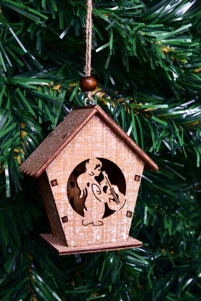 8 cm dřevěný domek s andělíčkem, závěsný