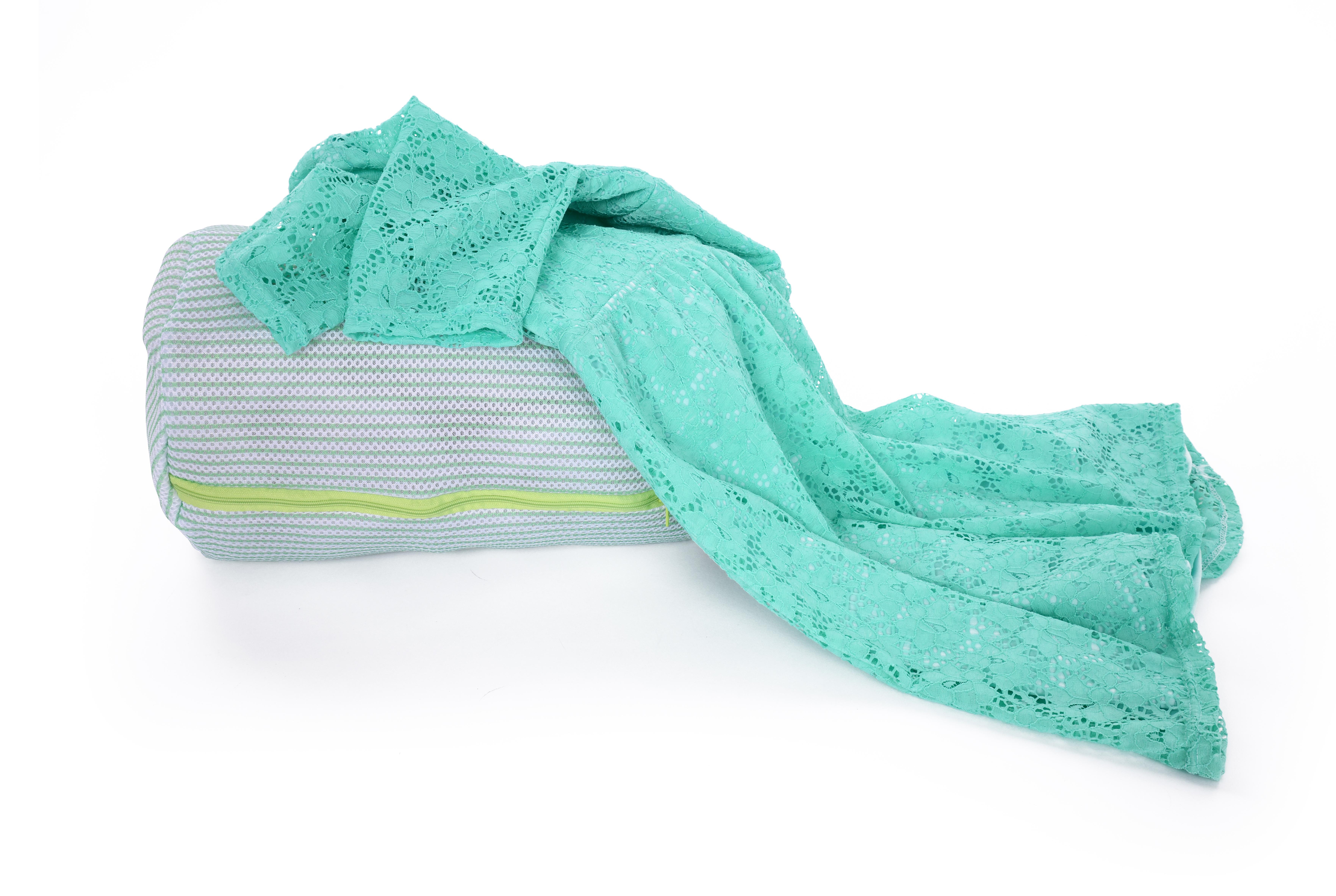 Válec na praní jemného prádla odolná sendvičová síťovina na zip, průměr 22 cm x v 33 cm