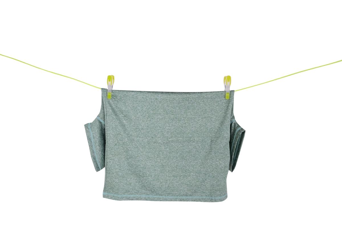 24 ks kolíčků na prádlo, v praktickém košíku