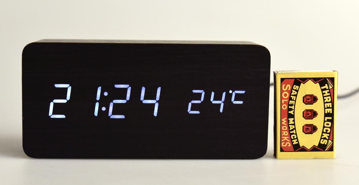 WOODOO CLOCK, digitální LED dřevěné hodiny