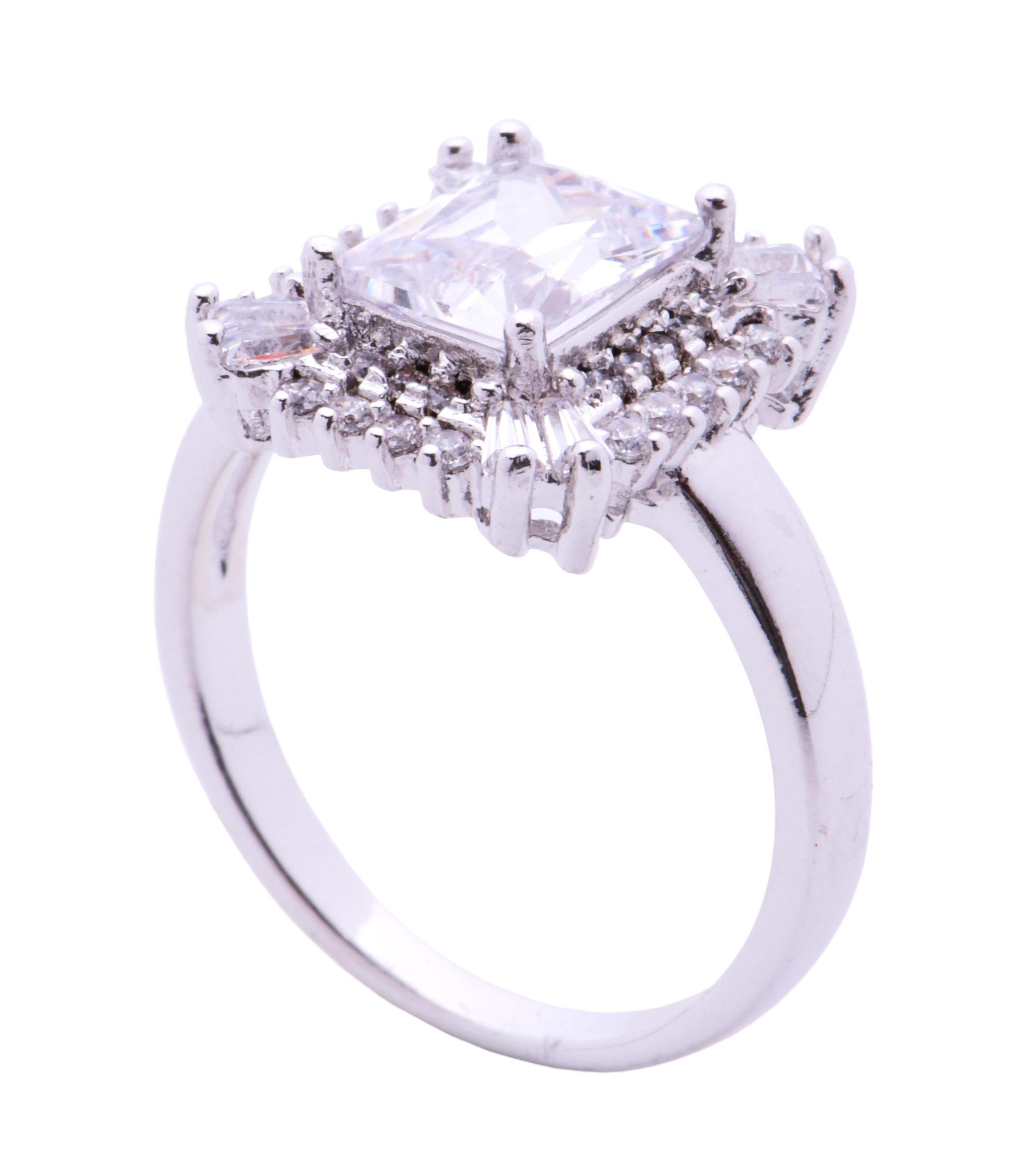 Prsten s čirými zirkony  rhodiováno 3(vel.8)