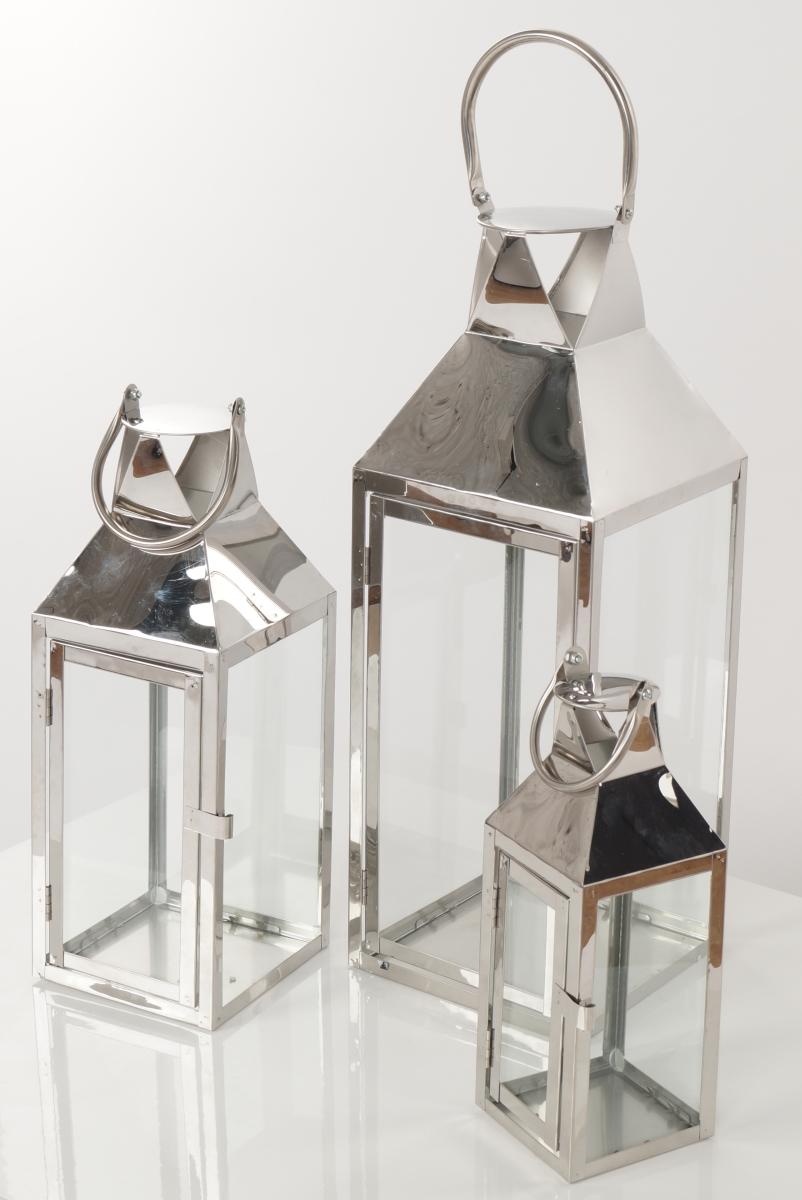 FC182712-Nerezová lampáš v striebornej farbe so sklenenou výplňou
