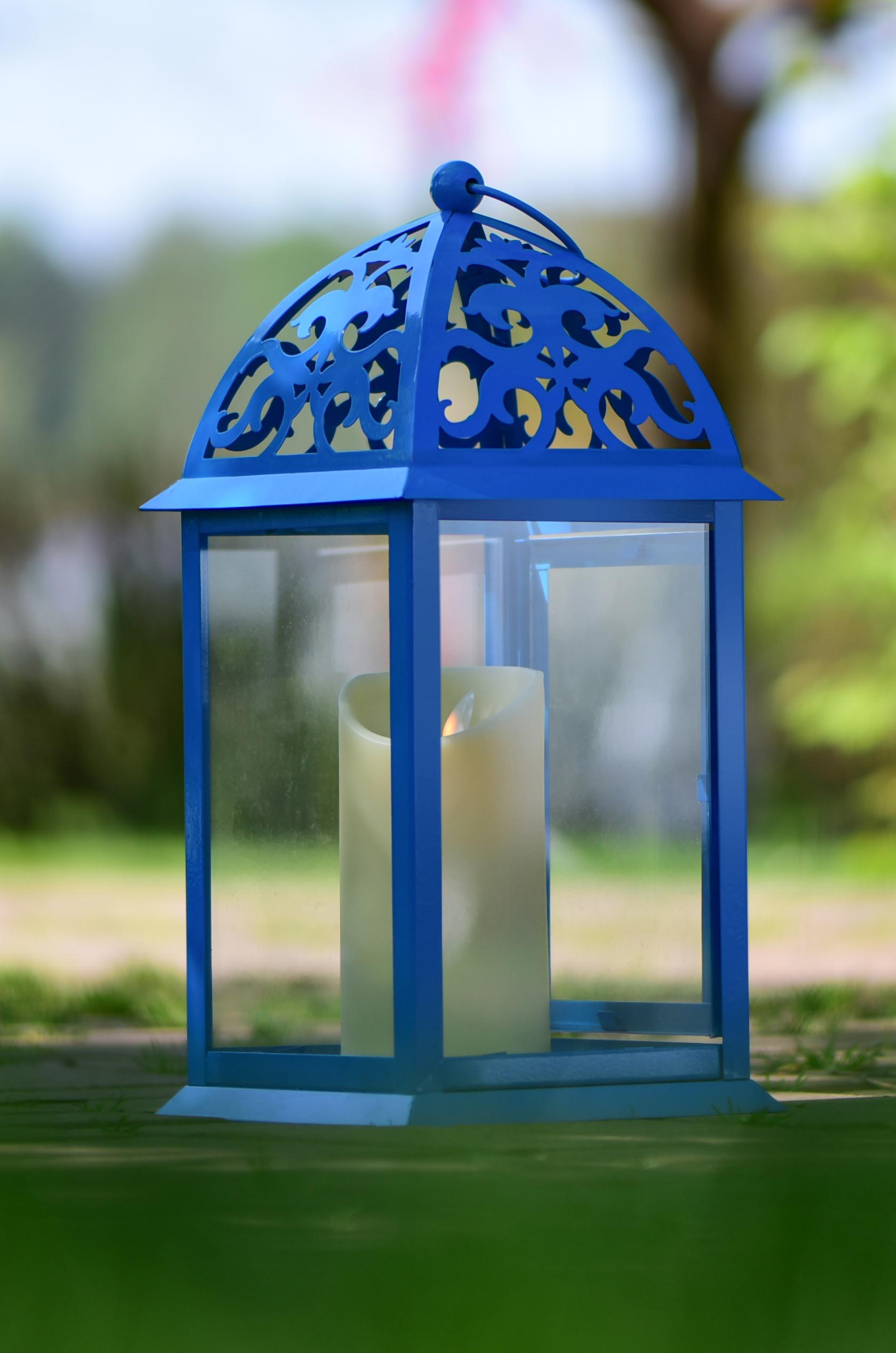 Kovová lucerna modrá 16,5 x 16,5 x 35 cm