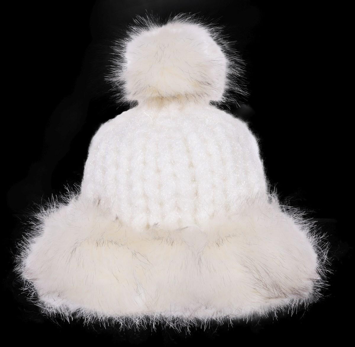 Ručně pletená čepice POLARIS frozen white