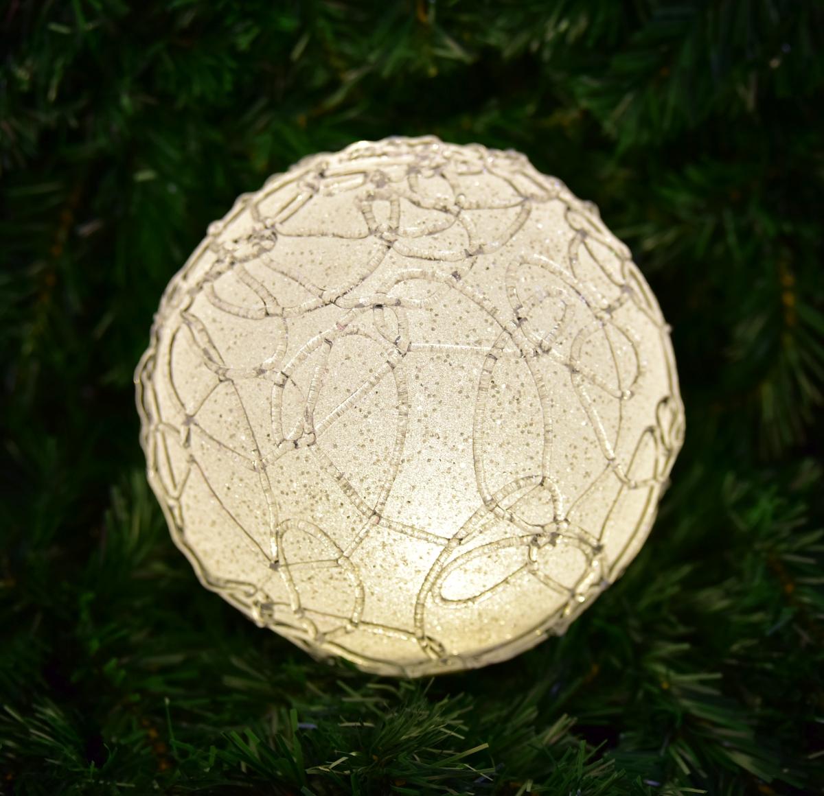 XXL světelná LED koule, s ornamenty a třpytivým finišem