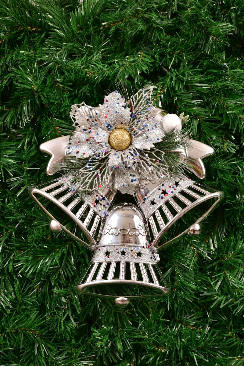 30 cm závěsná stříbrná dekorace, ve tvaru tří zvonků