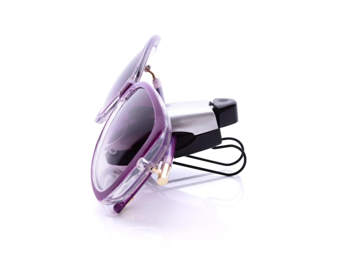 DA23572-PODRŽBRÝLE praktický držiak okuliarov do auta strieborný