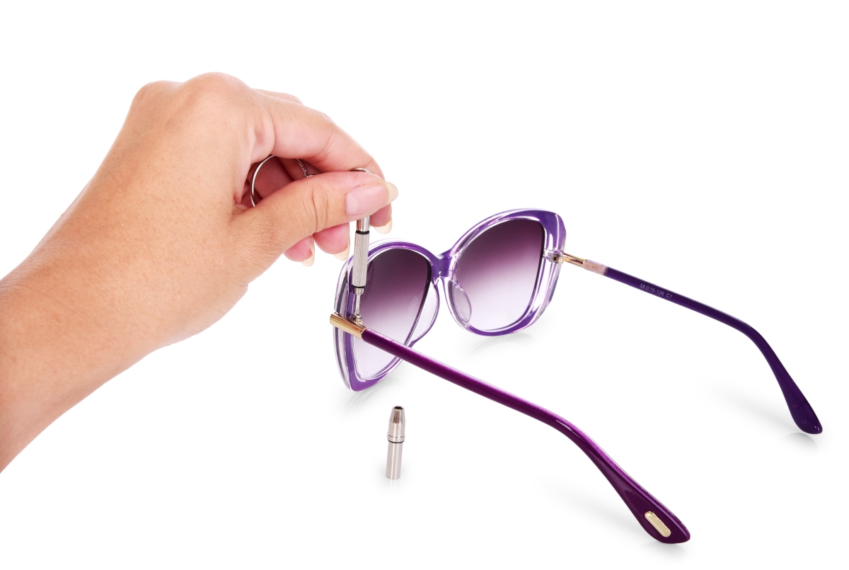 4in1 kapesní šroubovák na brýle a elektroniku