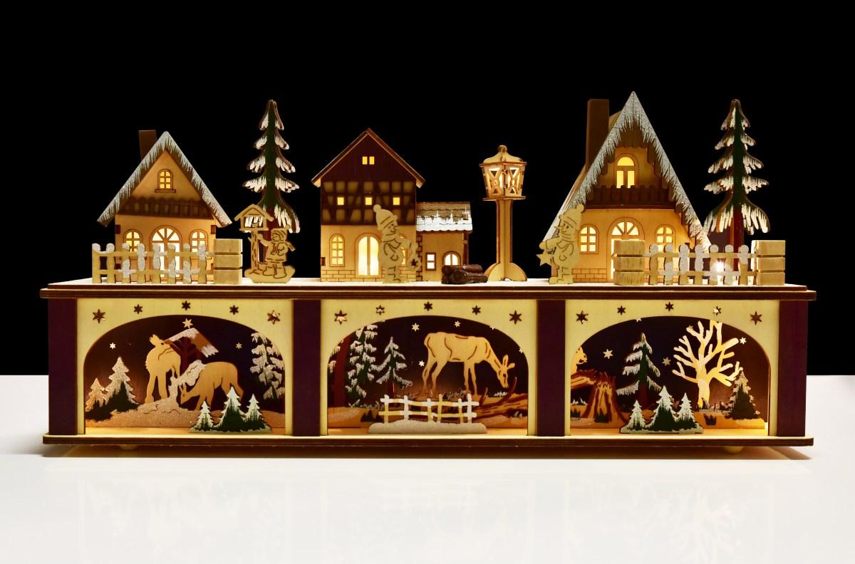21 cm Lesní vesnička s LED osvětlením