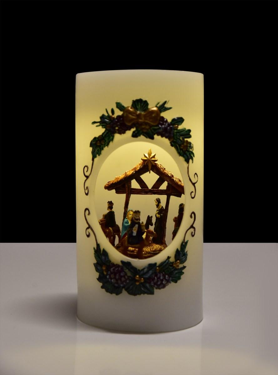 20,5 cm XXL svítící LED betlém uvnitř svíce hrající melodie