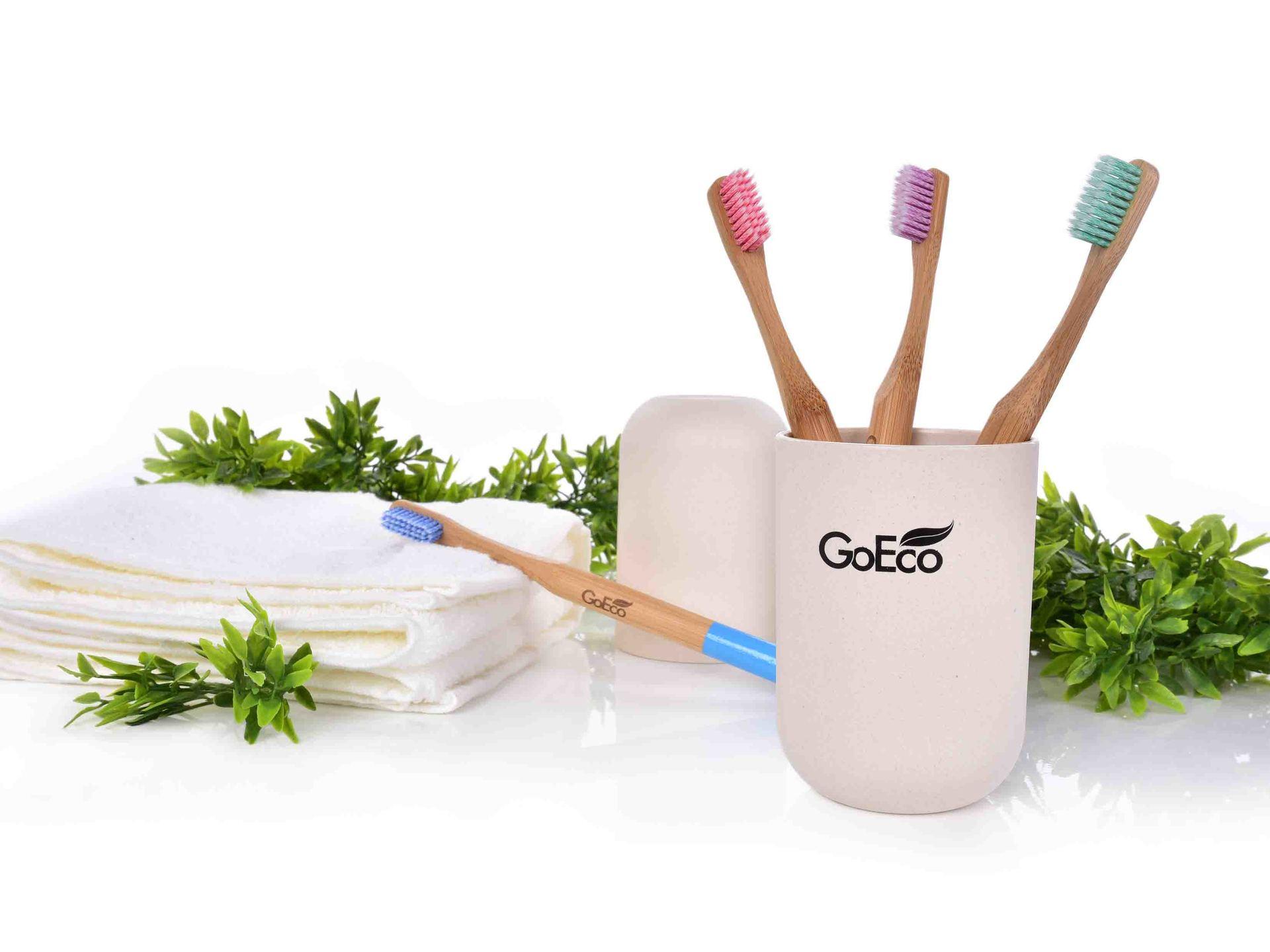Zubní kartáček GoEco® BAMBOO, z bambusu s velmi měkkými štětinkami