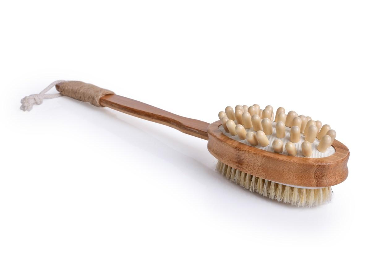 2v1 OBOUSTRANNÝ MASÁŽNÍ KARTÁČ na mytí s bambusovou rukojetí GoEco®