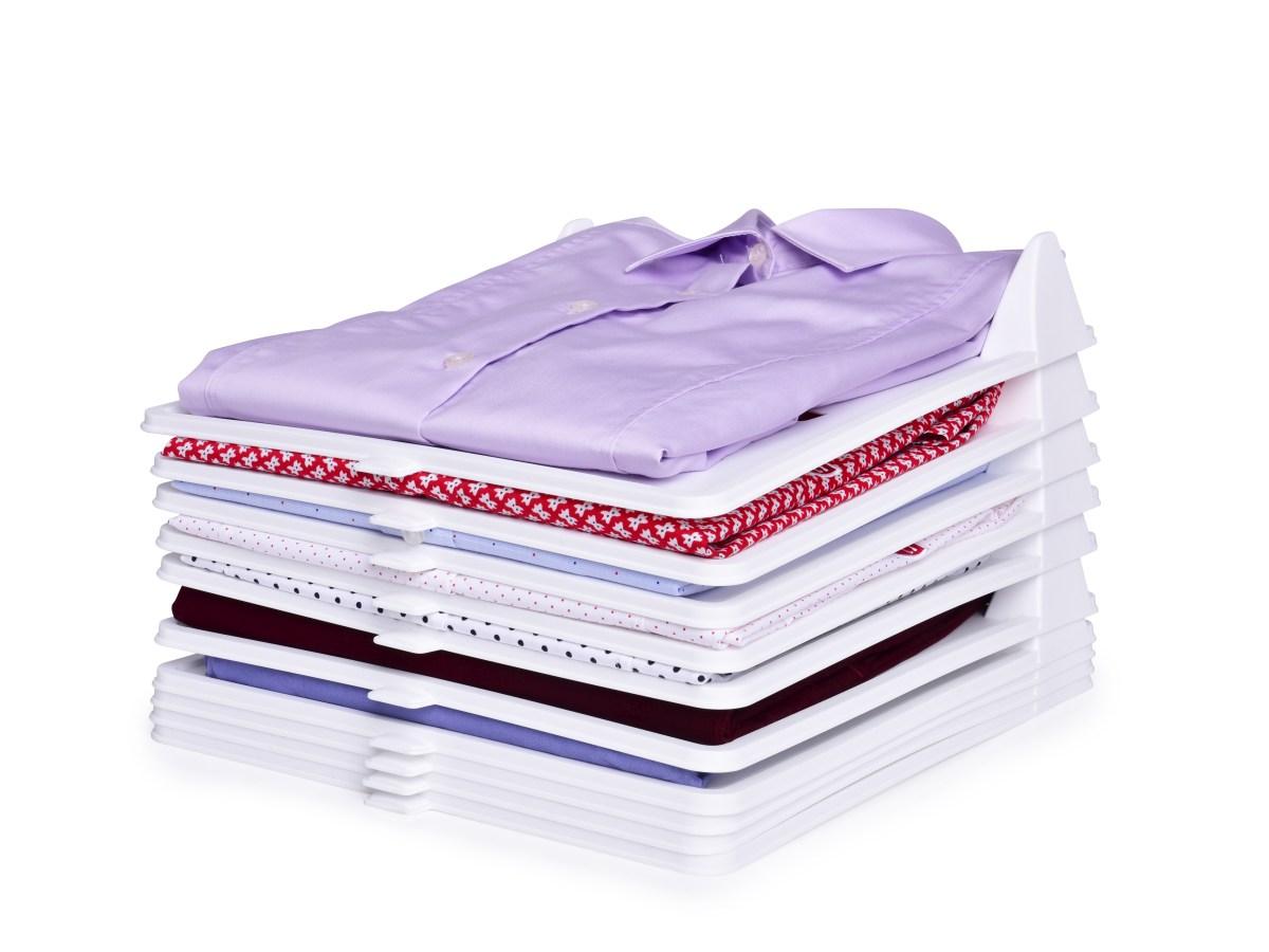 Sada 10 ks STOHOVATELNÝ PRÁDLOŠTOS praktický organizér na oblečení, z pevného plastu
