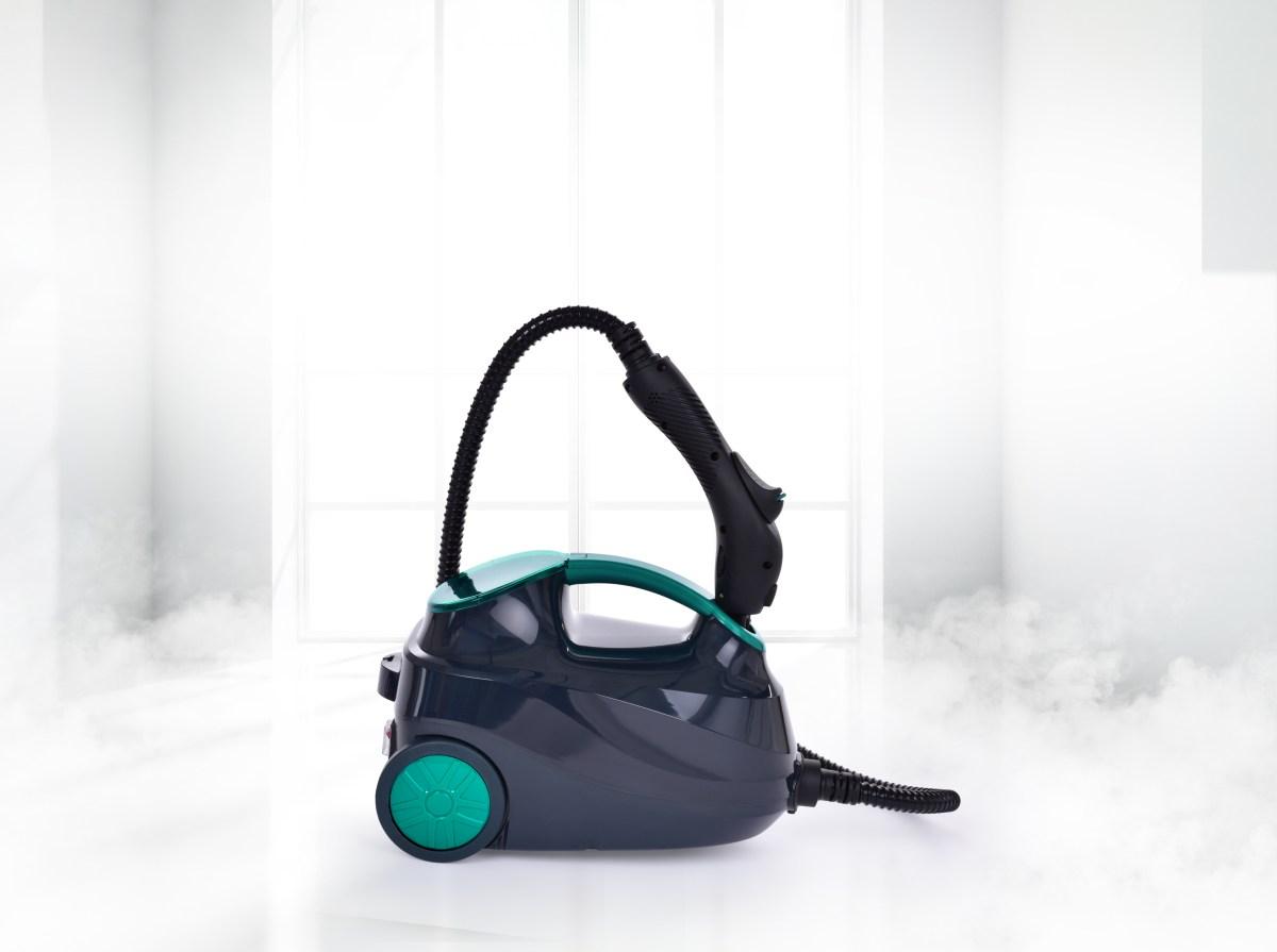 Parní čistič s bohatým příslušenstvím PARDOMAX 1500 ml