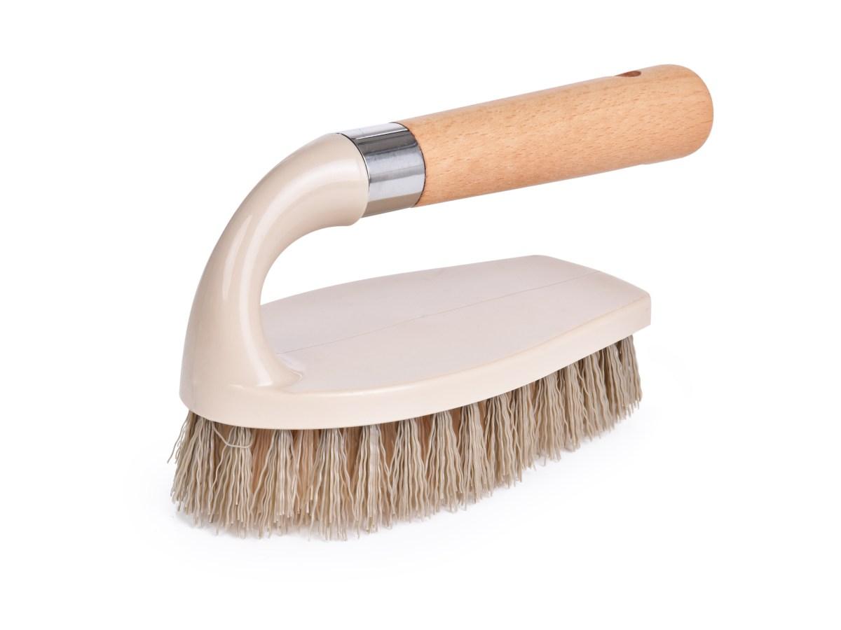 """Kartáč na čištění a úklid typ """"žehlička"""" s rukojetí z bukového dřeva NATURAL LOOK"""