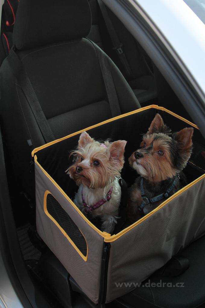 53 cm ohrádka na bezpečnou přepravu pejsků v autě