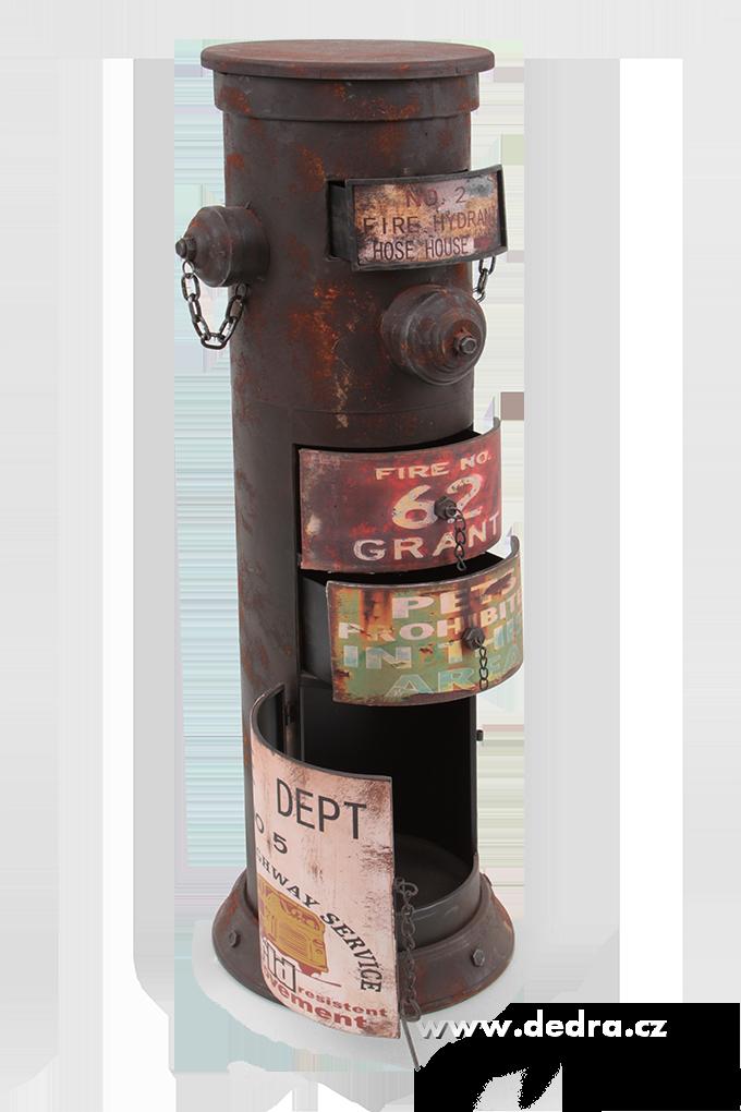 Skříň hydrant, se záměrnou patinou