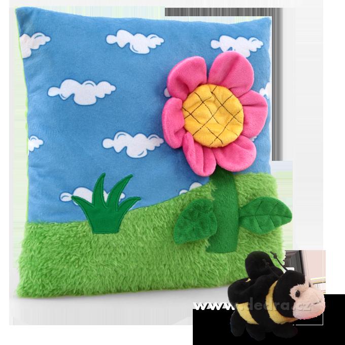 Plyšový polštářek s vyjímatelnou plyšovou včelkou