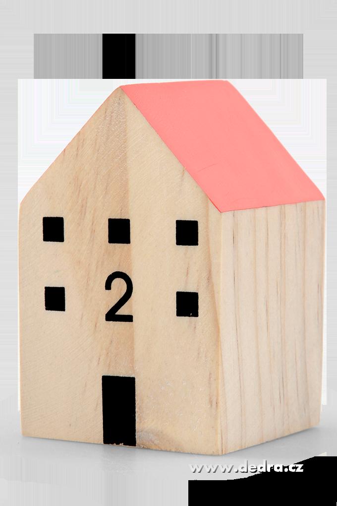 Dřevěný domekrůžová střechadekorace
