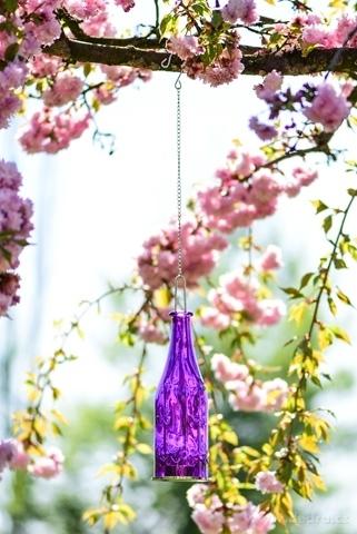 DA98662-Farebná fľaša 27 cm závesný svietnik fialový