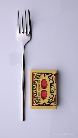 FC18993-Zažeňte dezertné vidlička so 4 hrotmi z leštenej ocele