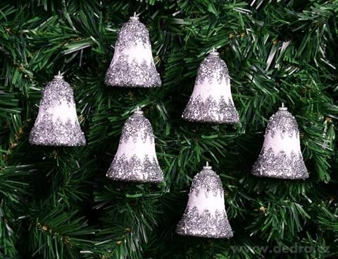 DA15551-6 ks bielych zvončekov so striebornými flitrami